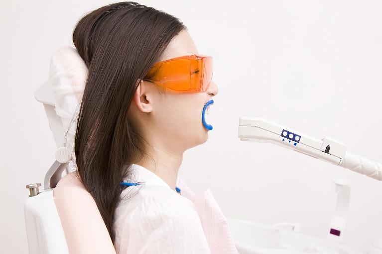 歯医者さんで行う【オフィスホワイトニング】